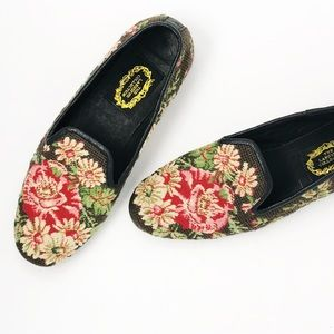 Larkspur Collection Needlepoint Floral Loafers 9.5